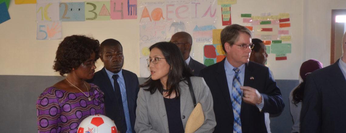 U.S. Ambassador Celebrates MEGI-funded Improvements at Santo Tomás de Aquino School, Semu